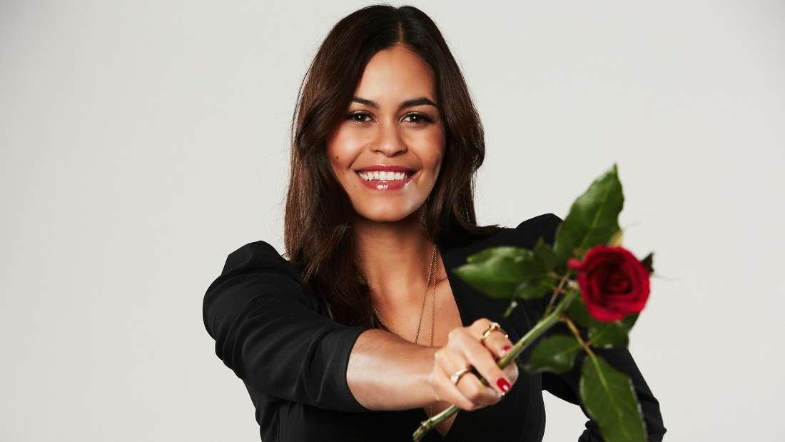 Desiree hofft auf eine Rose.