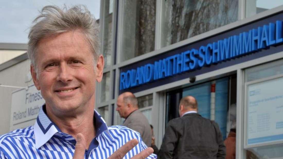 Weltklasseschwimmer Roland Matthes ist im baden-württembergischen Wertheim nach kurzer, schwerer Krankheit im Alter von 69 Jahren gestorben. Foto: Martin Schutt/dpa-Zentralbild/dpa