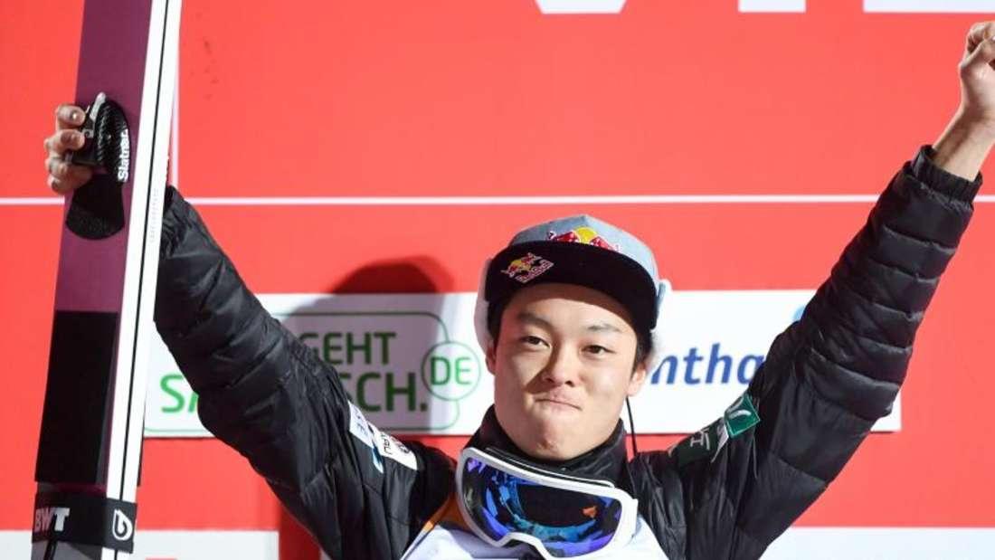 Sicherte sich zu Jahresbeginn souverän den Sieg bei der Vierschanzentournee: Ryoyu Kobayashi. Foto: Hendrik Schmidt/dpa-Zentralbild/dpa