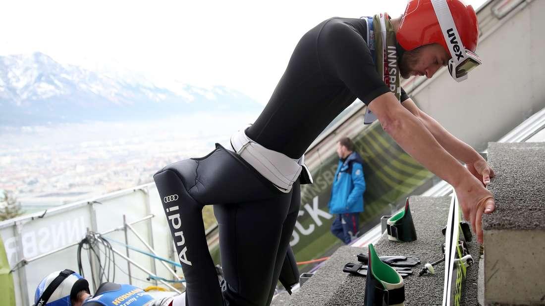 Qualifikation in Innsbruck: Markus Eisenbichler bereitet sich auf der Schanze, auf der er Weltmeister wurde, vor.