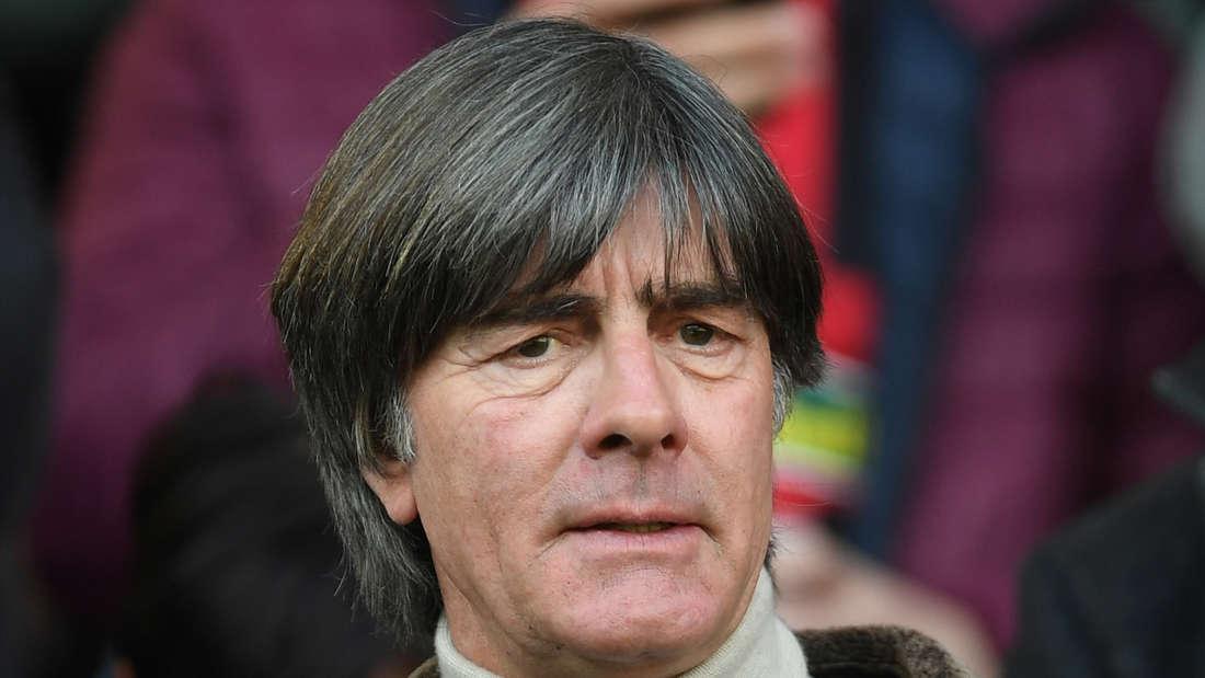 Joachim Löw besucht regelmäßig die Heimspiele des SC Freiburg.