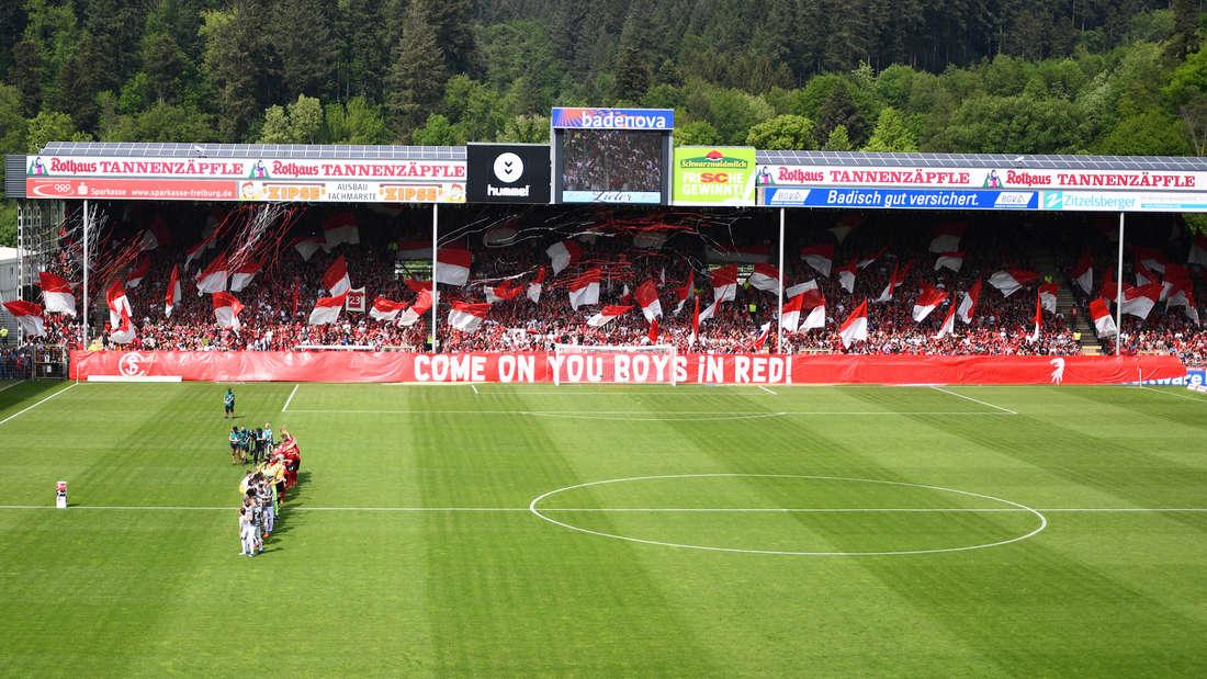 Der SC Freiburg trägt seine Heimspiele im Schwarzwald-Stadion aus.