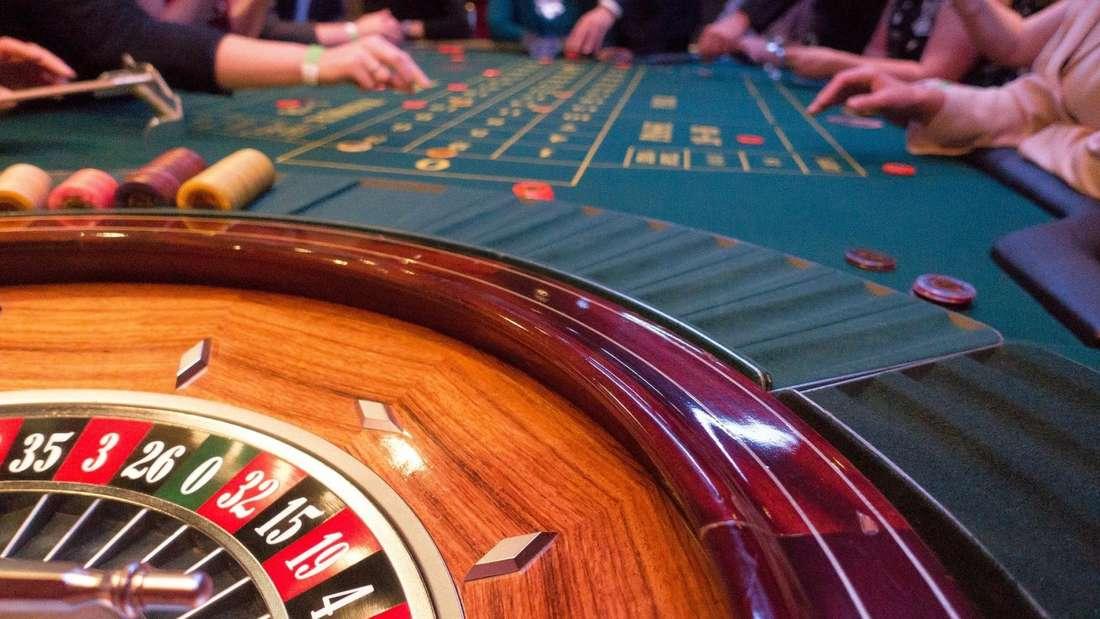 Roulette, Black Jack, Automatenspiele und vieles mehr ist in Deutschland bald legal online verfügbar. Die Novellierung des Glücksspielstaatsvertrags macht es möglich.