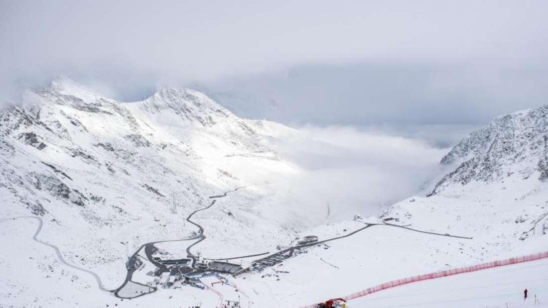 Die deutschen Herren wollen zum Auftakt in Sölden für die ersten Weltcup-Punkte sorgen. Foto: Gian Ehrenzeller/KEYSTONE/dpa