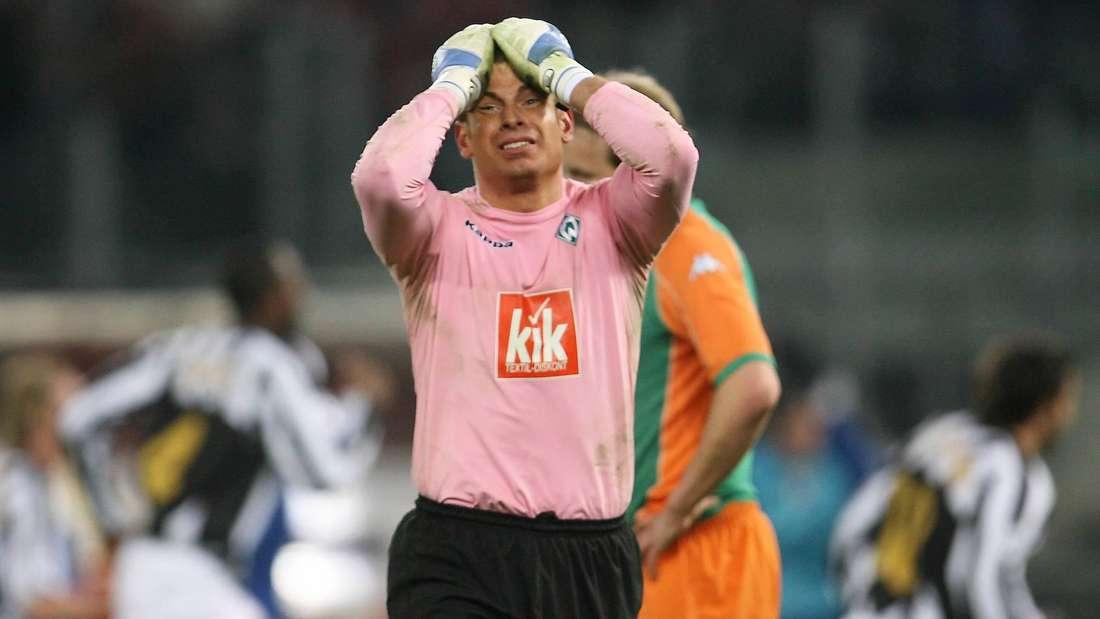 Tim Wiese 2006 nach seinem Patzer gegen Juventus Turin.