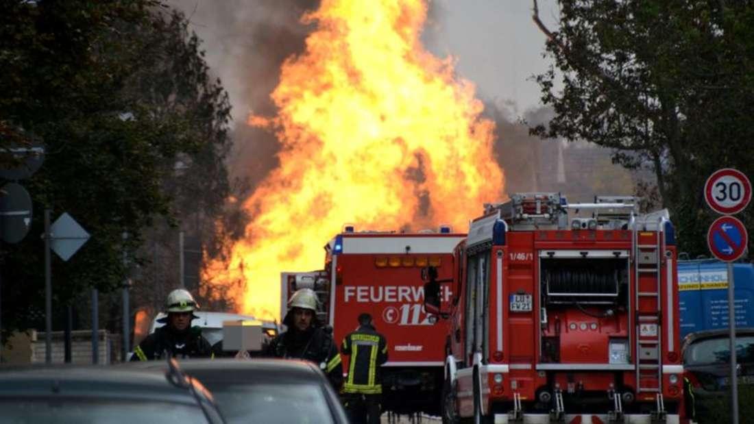 Die Feuersäule nach der Gas-Explosion am 23. Oktober 2014 war rund 100 Meter hoch und kilometerweit zu sehen. (Archiv)