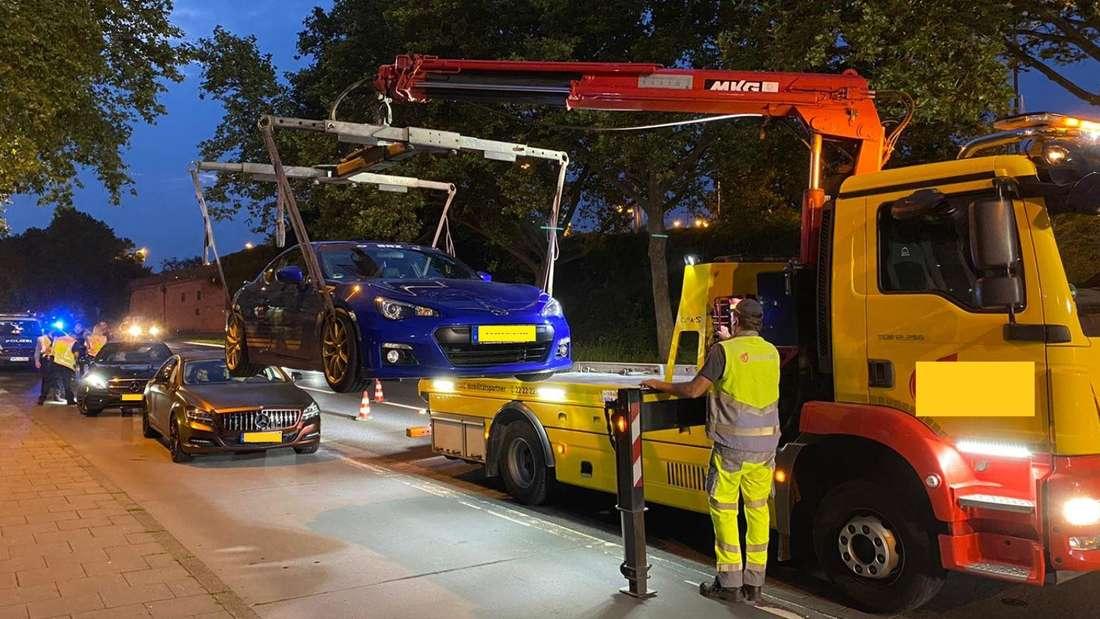 Die Polizei in Mainz lässt das Autos eines Posers abschleppen.