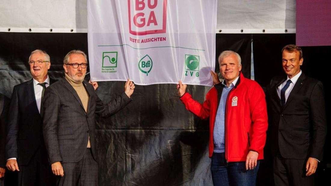 Diese Fahne hätte OB Dr. Peter Kurz (SPD) gerne mit nach Mannheim genommen – doch daraus wurde nichts.